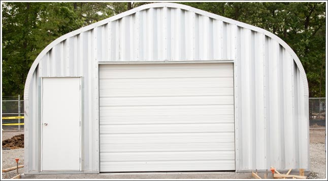 California metal garage kit steel arch building located in Santa Margarita